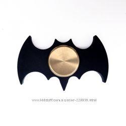 Металлический спиннер-Бетмен.