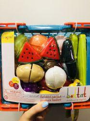 Игровой набор для двоих - Овощи-фрукты на липучках в корзинке, 37 предмето