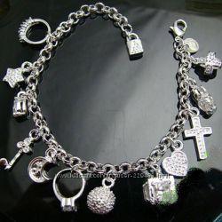 Браслет с подвесками Tiffany   Co. 925 серебро, 675 грн. Браслеты ... 3bef8b38bf4
