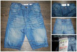 Модные джинсовые шорты, размер указан 10лет