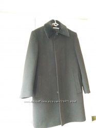 Мужское зимнее пальто 52 размер