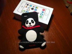 Стильные чехольчики мишки MOCSHINO для Iphone 5S. В наличии