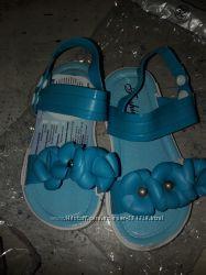 Новые силиконовые сандалики Шалунишка