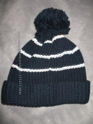 Красивая демисезонная шапка Next на 7-10 лет