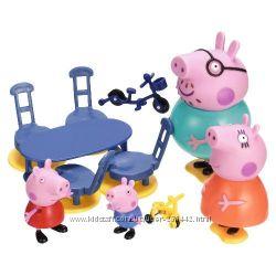 Peppa Pig - Свинка Пеппа. Набор Cемья Пеппы - 4 фигурки  Аксессуары