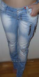Стильні та модні турецькі жіночі джинси завужена штанка розмір 26-27