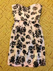 Новое, красивое платье Odji  размер 36 S