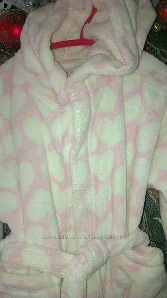 Next Некст фирменный меховой халатик для девочки, белый в розовые сердечки