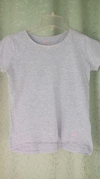 Фирменная хлопковая футболочка на 146-152 рост