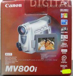 Продам видеокамеру Canon MV800i