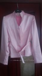 Деловой костюм, рубашка и пиджак