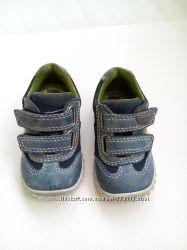 Дитячі туфільки ecco 19 розмір чудовий стан.
