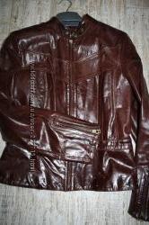 Кожаная куртка стильная M, L