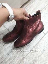 Zara деми ботиночки кожа с напылением 34 р.