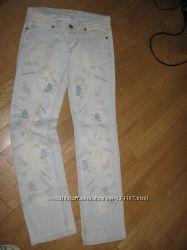 Супер модные джинсы Версаче   27р