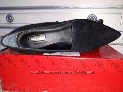 Туфли на низком Guess