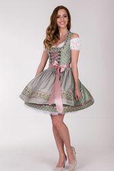 Традиционное баварское платье на октоберфест