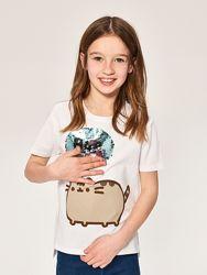 Стильная футболка Reserved с пайетками для девочки