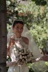 Свадебное платье и аксессуары.