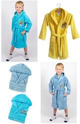 Lotus Халат детский с капюшоном и вышивкой Football 3-4, 5-6, 7-8, 9-10 др