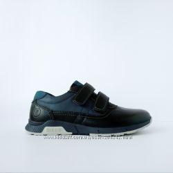 Школьные туфли на липучках, р. 32-35