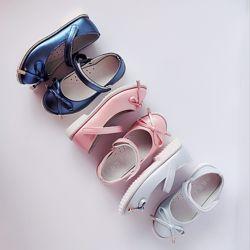 Нарядные туфли на каблучке девочкам, р. 26 -31