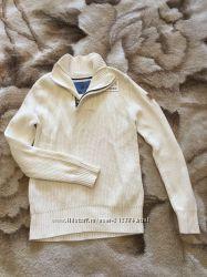 Белый свитер на мальчика фирмы Zara