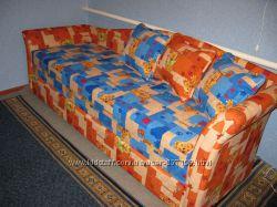 Тахта, диван для детской