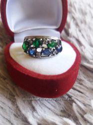 Серебряное кольцо с разноцветными камнямифианиты под сапфир, изумруд