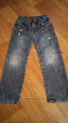 Много джинсиков