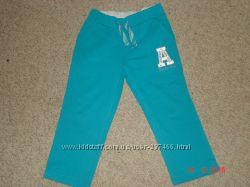 Замечательные спортивные штанишки  WAIKIKI