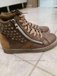 ботинки соса 36. р