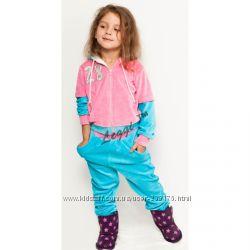 Велюровый костюм R&B для маленькой модницы и модника.