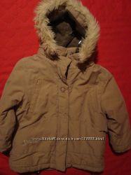деми курточка бежевого цвета, на мальчика или девочку