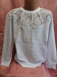 Белая нарядная блузка на девочку
