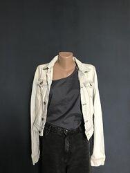 Укороченная джинсовая куртка pull&bear