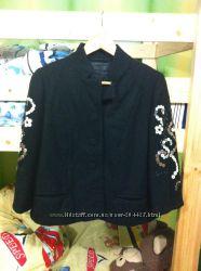 Пиджак пальто очень интересное р. 40 европ.