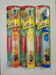 Colgate Детская зубная электрическая щетка Колгейт Миньоны