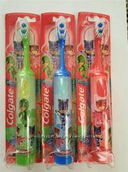 Колгейт детская электрическая зубная щетка Герои в масках Colgate Kids