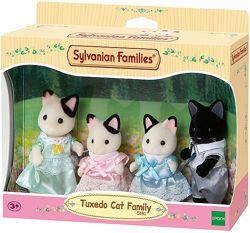 Sylvanian Families Tuxedo Cat Family Сильваниан Фемелис черно-белые коты