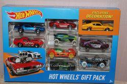 Набор машинок Hot Wheels 9-Car Gift Pack, Оригинал