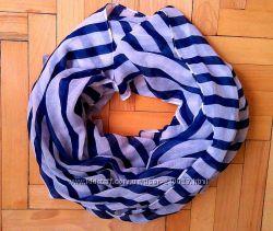 Красивый обьемный шарф в полоску