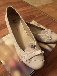 Продам балетки NATURINO