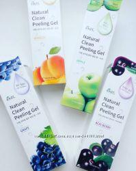 Деликатный пилинг-скатка для лица Ekel Natural Clean Peeling Gel 180 мл