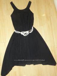 Платье с поясом р. М