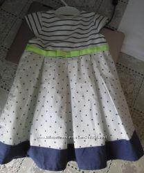 Нарядное платье новое практически