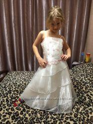 Платье Нарядное Ladybird 8-9 лет, отл. сост.