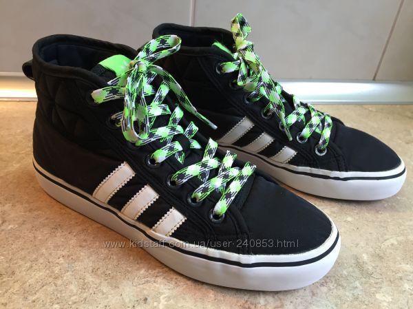 Кеды кроссовки Adidas размер 35 по стельке 23см, сост. новых