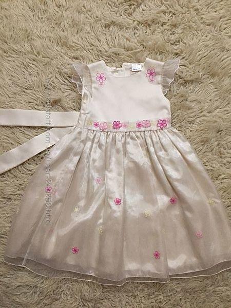 Платье нарядное Ladybird 4-5 лет , отл. сост.