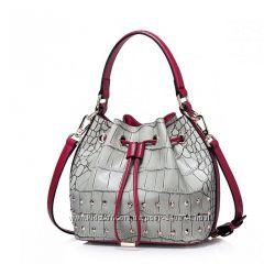 Женская кожгалантерея сумочки, ремни. Итальянское качество